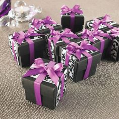 Ribbon Adorned Favor Box, large