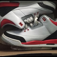 free shipping 61de1 d1084 Shop Women s Jordan size 7 Sneakers at a discounted price at  Poshmark.Condition No box included.
