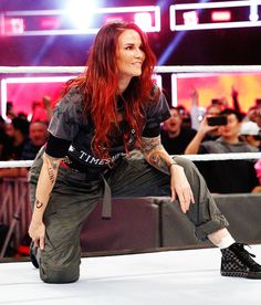 Yes this awesome I'm happy to see Lita back looking great as always  noice the Luna and chyna markings on her arm just a beautiful symbol of respect