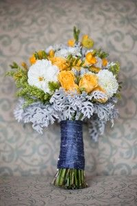 Great bouquet of yellows, white and greens. http://brds.vu/wmZCkf
