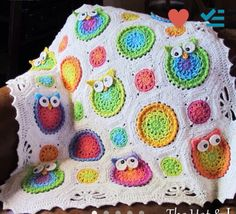 Owl blanket. Choose your own size and color scheme !! $90
