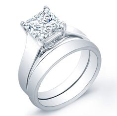 A gemstone solitaire may be the essential diamond engagement ring. Although other diamond engagement ring settings fall and rise in recognition, a solitaire ring is really a classic with constant, … Engagement Solitaire, Wedding Rings Solitaire, Round Diamond Engagement Rings, Vintage Engagement Rings, Diamond Rings, Solitaire Diamond, Bridal Rings, Wedding Bands, Wedding Engagement