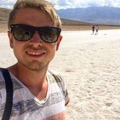 ‪Selfie from the hot Death Valley 💀😅‬ ‪📍 Death Valley‬ ‪https://youtu.be/jDutanKw8Qk‬  ‪#travel #blog #influencer #vacation #explore #roadtrip #fun #me‬