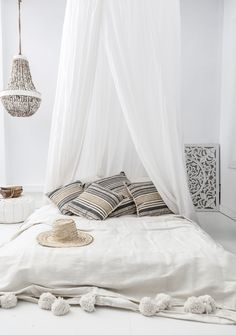 TRAVELS AND STORIES - GALLERY - Zoco Home