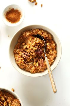 Simple, 30-minute, 7-ingredient oatmeal infused with roasted sweet potato, cinnamon, brown sugar, and a pumpkin-pecan granola topping!