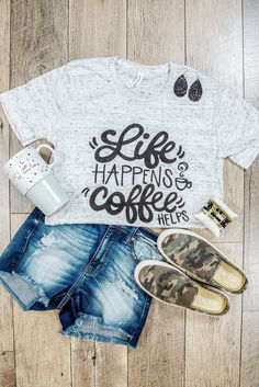 First we drink the coffee, then we do the things! Pour a cup and let's get this done! Vinyl Shirts, Mom Shirts, Cute Shirts, Cute Shirt Designs, Wine Glass Crafts, Fancy Letters, Creative Instagram Photo Ideas, Tie Dye Shirts, Vinyl Fabric