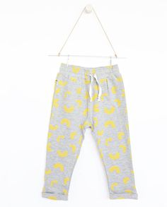 AUGUST Relaxed pants - Grey - Yellow Cheese Doodles A collaboration with Vitviu. Cheese Doodle, Grey Yellow, Collaboration, Doodles, Sweatpants, Gift Ideas, Collection, Fashion, Pisces