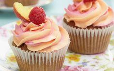 Peach and raspberry cupcakes