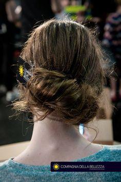 Peinados para ocasiones especiales. Siempre en Salones Compagnia della Bellezza. ¡Busca el tuyo!👉http://bit.ly/SalonesCDB #CompagniadellaBellezzaEspaña
