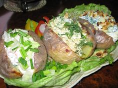 pieczone ziemniaki z zimnym farszem - PrzyslijPrzepis.pl Polish Recipes, Polish Food, Aga, Grilling, Turkey, Menu, Menu Board Design, Turkey Country, Polish Food Recipes