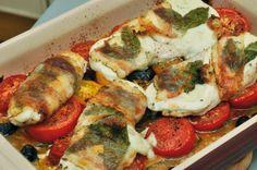 Hühnerfilet mit Mozzarella, Basilikum und Lardo