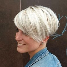 Platinum Blonde Pixie with Side Bang - 30 Standout Curly and Wavy Pixie Cuts - The Trending Hairstyle Trending Hairstyles, Pixie Hairstyles, Short Hairstyles For Women, Down Hairstyles, Pixie Haircuts, Short Brown Hair, Short Hair Cuts, Short Hair Styles, Pixie Styles