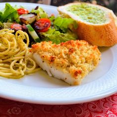 This quick and easy cod recipe is loaded with flavor thanks to a tasty topping made with herbs, bread crumbs, and Pecorino Romano cheese. Baked Cod Recipes, Seafood Recipes, New Recipes, Cooking Recipes, Favorite Recipes, Yummy Recipes, Chicken Recipes, Dinner Recipes, Bon Appetit