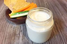 Aprenda a fazer um requeijão de castanhas vegano e sem lactose