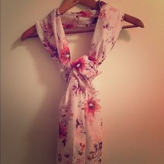 ☀️DAY SALE☀️H&M Pink/Purple/Red Floral Scarf H&M Pink/Purple/Red Floral Mulit-way Scarf Can wear as a scarf, wrap, or shrug. Super soft material  Perfect for the professional lady over a blouse or the girl who loves to look fabulous at festivals     NO TRADES  POSH Rules Only   Offers please use offer button below  H&M Accessories Scarves & Wraps