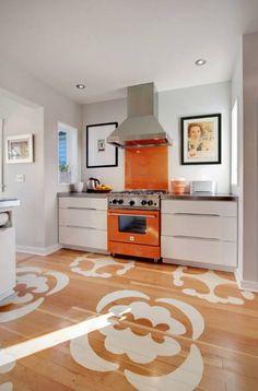 Blue and orange Kitchen Decor. Blue and orange Kitchen Decor. Orange Kitchen Walls, Orange Kitchen Decor, Eclectic Kitchen, Diy Kitchen, Stylish Kitchen, Recycled Kitchen, Kitchen Colors, Awesome Kitchen, Beautiful Kitchen