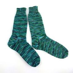 This is a very basic top-down sock pattern whose intent is to guide a first-time or newbie sock maker through the process without much wringing of hands and give some variety to the weight of yarns he or she might want to use.