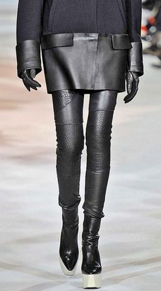 Visibly Interesting: Leather textures