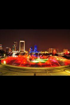 Jacksonville , Fl  Friendship Fountain