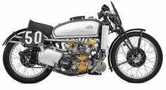 C'est après la période 39-45 que, AJS va sortir une nouvelle machine qui rentrera dans les motos de légende. Le fameux bicylindre ' PORCUPINE ' à A.C.T, qui fût confiée aux meilleures pilotes du moment.