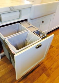 Built-in compost containers