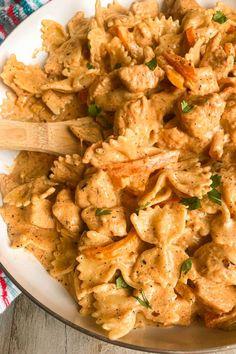 Cajun Chicken Pasta Recipe | Modernmealmakeover.com Pasta Dinner Recipes, Chicken Pasta Recipes, Cajun Pasta Recipe, Bow Pasta Recipes, Chicken Ideas, Creamy Chicken Pasta, Creamy Cajun Pasta, Baked Chicken, Cooking Recipes