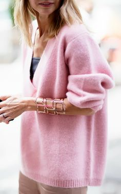 Pink and khaki - nice Kendi Everyday: Having a Moment / Pale Pink