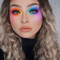 Via www.achotendencia.com maquiagem, colorida, rainbow, arco iris, carnaval, neon, onde comprar, como fazer