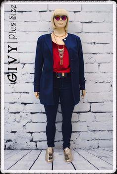 Bom dia lindas!! E para arrasar no final de semana esse look maravilhoso super fashion e arrasador! Casaco super quentinho com essa blusa de veludo molhado e essa calça jeans skinny!! Corre pra Givy e vem arrasar no final de semana!! #givyfashion #modaplussize #ootd #instafashionista #mycurvystyle #cool #fallandwinter #sassygirl