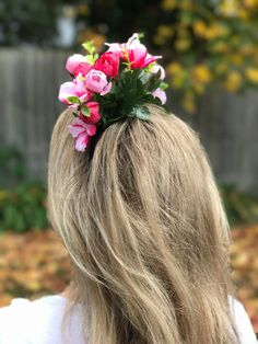 Pink and blush rosebud flower crown perfect for a hens party, baby shower, the races or any occasion you want to feel a little floral