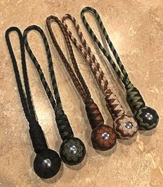 Camping Survival, Outdoor Survival, Survival Skills, Mens Tactical Pants, Tactical Gear, Paracord Keychain, Paracord Bracelets, Wiccan Runes, Paracord Projects