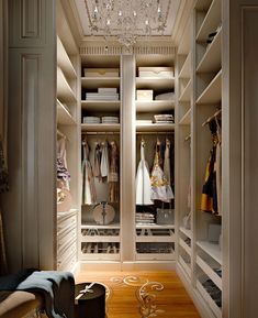 Walk In Closet Ideas - Do you need to whip your little walk-in closet into form? You will enjoy these 20 extraordinary small walk-in closet ideas and makeovers for some . Small Walkin Closet, Small Walk In Wardrobe, Walk In Wardrobe Design, Luxury Wardrobe, Luxury Closet, Dressing Room Design, Dressing Area, Dressing Rooms, Closet Island