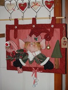 Christmas Chair, Christmas Sewing, Christmas Crafts, Xmas Decorations, Fun Projects, Elves, Diy Crafts, Applique, Crafty