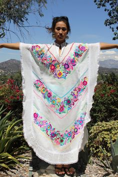 Gorgeous Acapulco Nights Lovely Vintage Mexican Resort Hand Embroidered Caftan