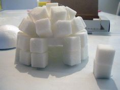 These sugar cube igloos are a fun and interactive Canadian craft for teaching kids about the history of the Inuit people. They also make wonderfully unique Canadian party decorations! Canadian Party, Igloo Craft, Igloo Building, Little Architects, Art For Kids, Crafts For Kids, Sugar Cubes, Canada Day, Manualidades