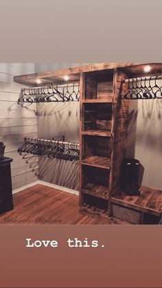Schlafzimmer schrank Schlaf How Would You Like To Design Your Own Ranch House? Master Bedroom Closet, Home Bedroom, Bedroom Ideas, Master Suite, Country Master Bedroom, Master Bedroom Wood Wall, Closet Ideas For Small Spaces Bedroom, Bedroom Closet Storage, Closet Redo