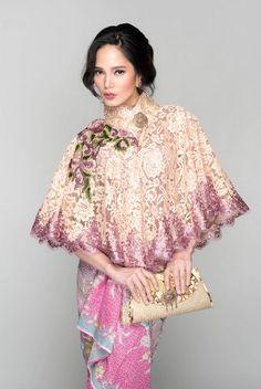 kebaya cape modern Kebaya Lace, Kebaya Hijab, Kebaya Brokat, Kebaya Dress, Batik Kebaya, Dress Pesta, Kebaya Muslim, Batik Dress, Blouse Batik