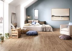 American Olean Creekwood Wood Look Tile in Maple Color. Wood Look Tile Floor, Wooden Floor Tiles, Wood Effect Porcelain Tiles, Wood Effect Tiles, Ceramica Tile, Maple Wood Flooring, Tile Flooring, Scandinavian Bedroom, Scandinavian Style