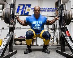 Ronnie Coleman Workout routine, He used to train a lot of mixed exercises, which means his daily workout consists of preparing more than one body part. Bodybuilding Supplements, Bodybuilding Workouts, Bodybuilding Motivation, Bodybuilding Posters, 500 Calories, Jay Cutler Workout, Ronnie Coleman Workout, Workout Supplements For Men, Shut Up And Squat