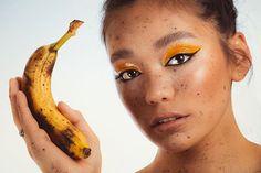 VIDA ÁKOS (@vida_akos_doravid) • Instagram-fényképek és -videók Banana, Fruit, Instagram, Food, Essen, Bananas, Meals, Fanny Pack, Yemek