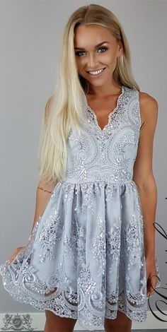 elegant homecoming dresses, applique homecoming dresses, light grey homecoming dresses, short prom dresses, formal dresses, party dresses, graduation dresses#SIMIBridal #homecomingdresses