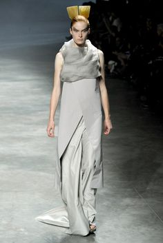 Spring 2011 Ready-to-Wear - Rick Owens