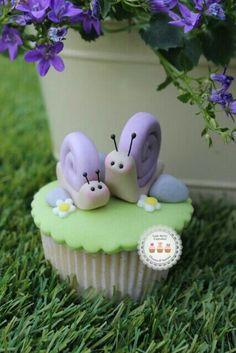 Fondant Cupcakes, Fondant Toppers, Baking Cupcakes, Yummy Cupcakes, Cupcake Cookies, Animal Cupcakes, Pink Cupcakes, Baking Desserts, Health Desserts
