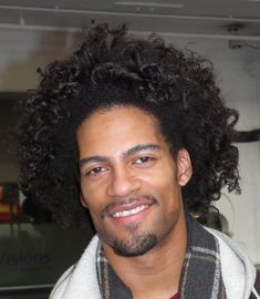 "Going with the texture trends, men keep on changing their looks. Either sleek straight or curls, they tryRead More ""Perm Hairstyles For Men"" 1970 Hairstyles, New Trendy Hairstyles, Permed Hairstyles, Straight Hairstyles, Curly Hair Men, Curly Hair Styles, Natural Hair Styles, Natural Beauty, Light Skin Men"