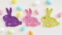 Crochet Rabbit Crochet Easter Bunny Appliques - Crochet Easter Bunny Appliques Today we are going to learn to crochet a beautiful bunny appliques. Easter is on it's way and for at least the majority of our readers, it is a special time of the Crochet Simple, Love Crochet, Knit Crochet, Crochet Jacket, Crochet Clutch, Crochet Motifs, Crochet Patterns, Crochet Stitches, Amigurumi Patterns