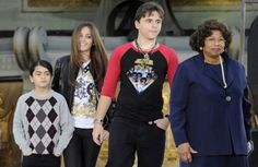 Filed legal docs, Katherine Jackson joins TJ in fight for guardianship over MJ's children