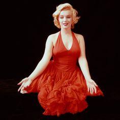 Marilyn Monroe - Radiant in red.