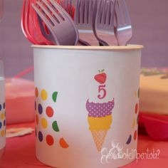 Decorazioni per una festa di compleanno a tema gelato