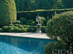 The Exquisite Gardens of Oscar and Annette de la Renta Are a Labor of Love—and a Work in Progress Photo Gallery - Cottages & Gardens - October 2010