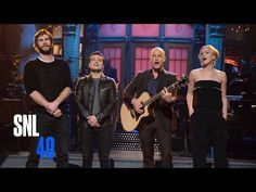 """The Cast Of """"The Hunger Games"""" Sang Taylor Swift On """"SNL"""" Last Night"""
